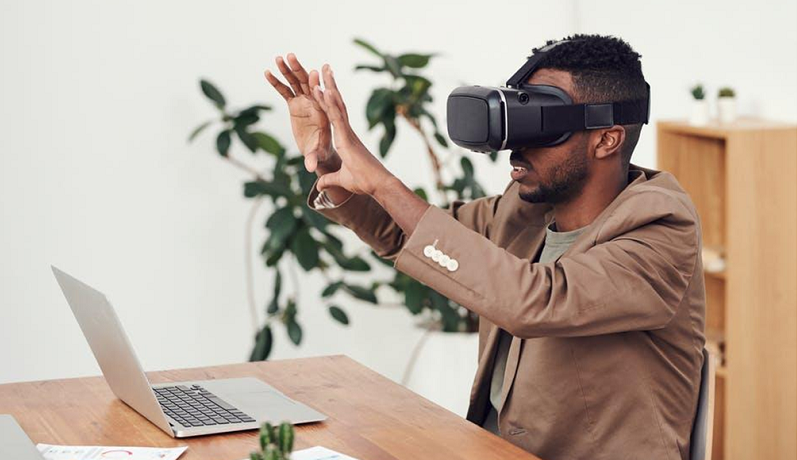 Virtual reality in business world